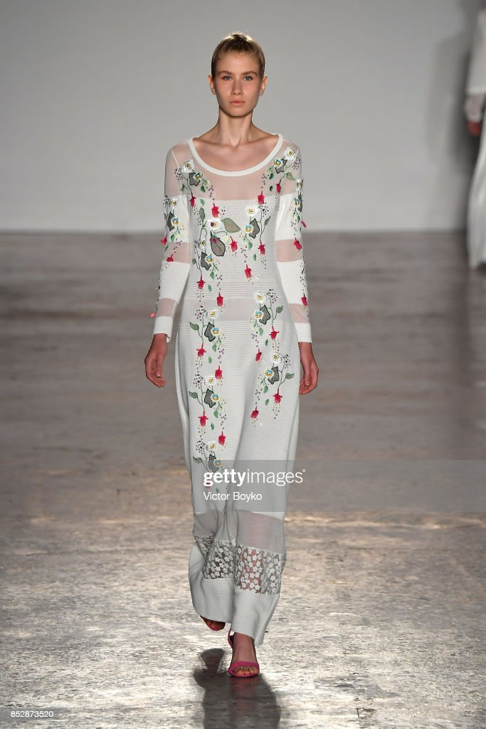 model-walks-the-runway-at-the-piccionepiccione-show-during-milan-picture-id852873520