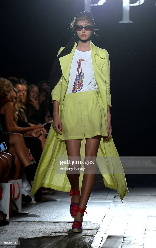 model-walks-the-runway-at-the-ppq-show-during-london-fashion-week-picture-id606520160