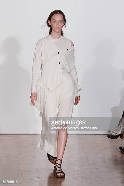 A model walks the runway at the Pringle of Scotland show during London Fashion Week Spring/Summer collections 2016/2017 on September 19 2016 in...