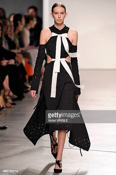 A model walks the runway at the Proenza Schouler Spring Summer 2016 fashion show during the New York Fashion Week on September 16 2015 in New York...