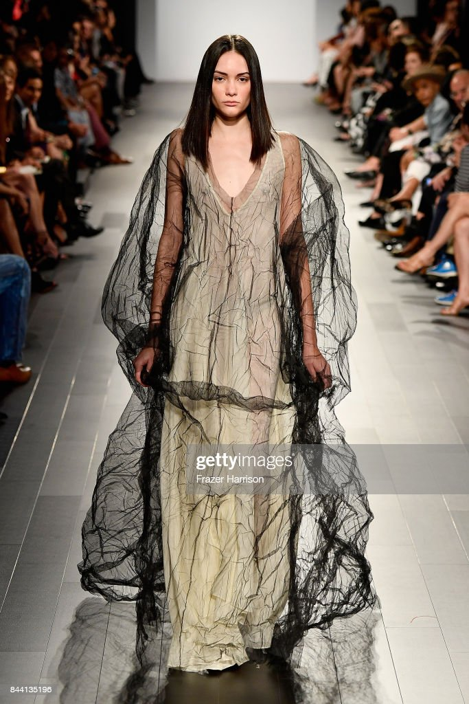 model-walks-the-runway-at-the-project-runway-fashion-show-during-new-picture-id844135196