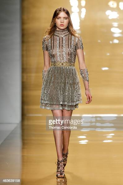 A model walks the runway at the Reem Acra during MercedesBenz Fshion Week at The Salon at Lincoln Center on February 16 2015 in New York City
