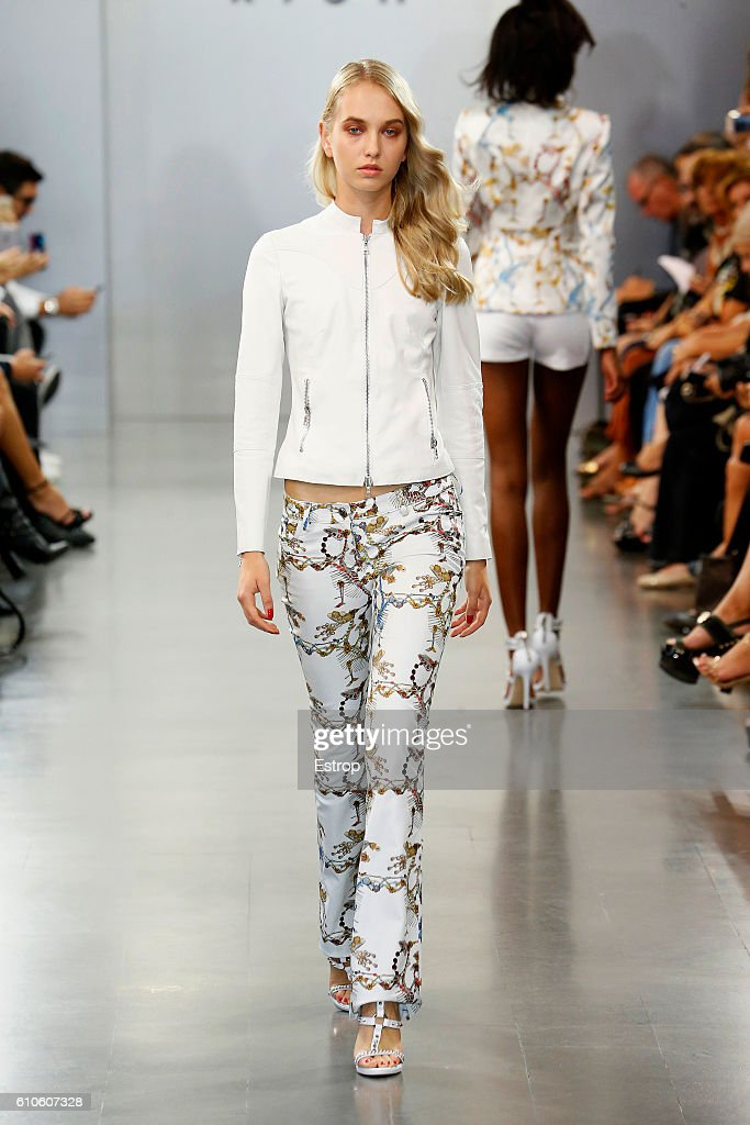 model-walks-the-runway-at-the-richmond-show-milan-fashion-week-2017-picture-id610607328