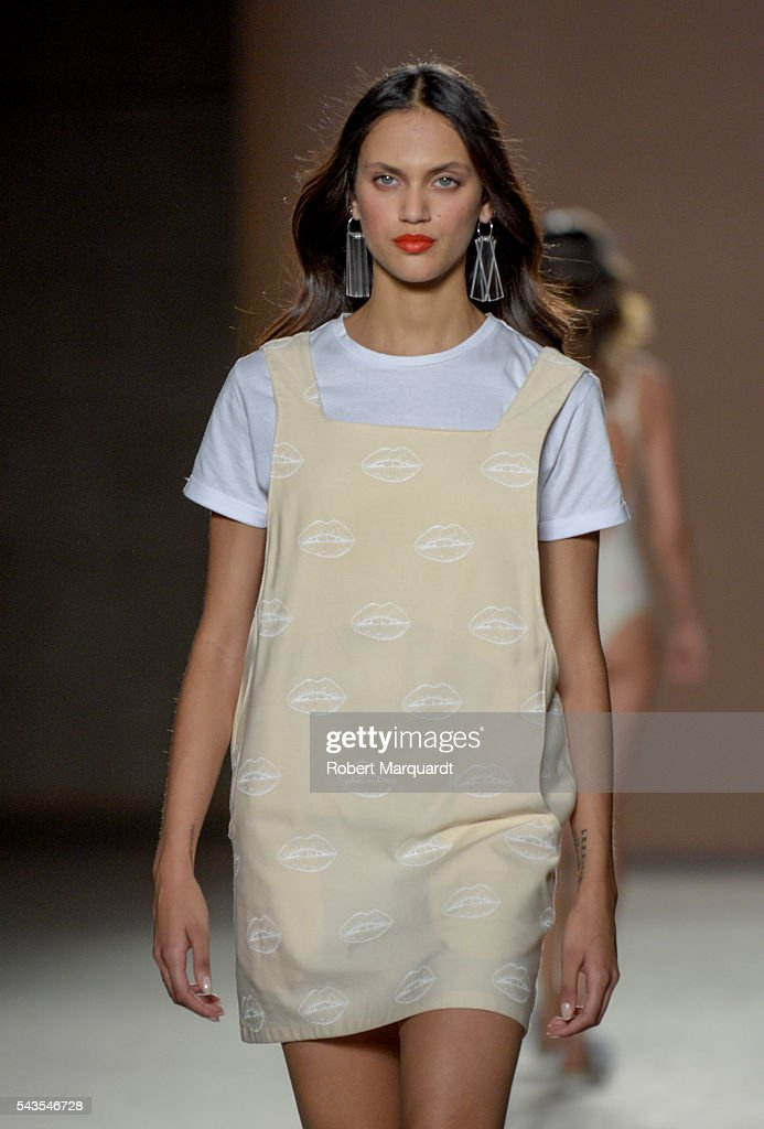 A model walks the runway at the Rita Row show during the Barcelona 080 Fashion Week Spring/Summer 2017 at the INFEC on June 29, 2016 in Barcelona, Spain.
