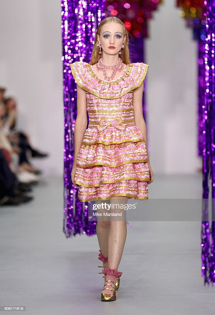 model-walks-the-runway-at-the-ryan-lo-show-during-london-fashion-week-picture-id606171618