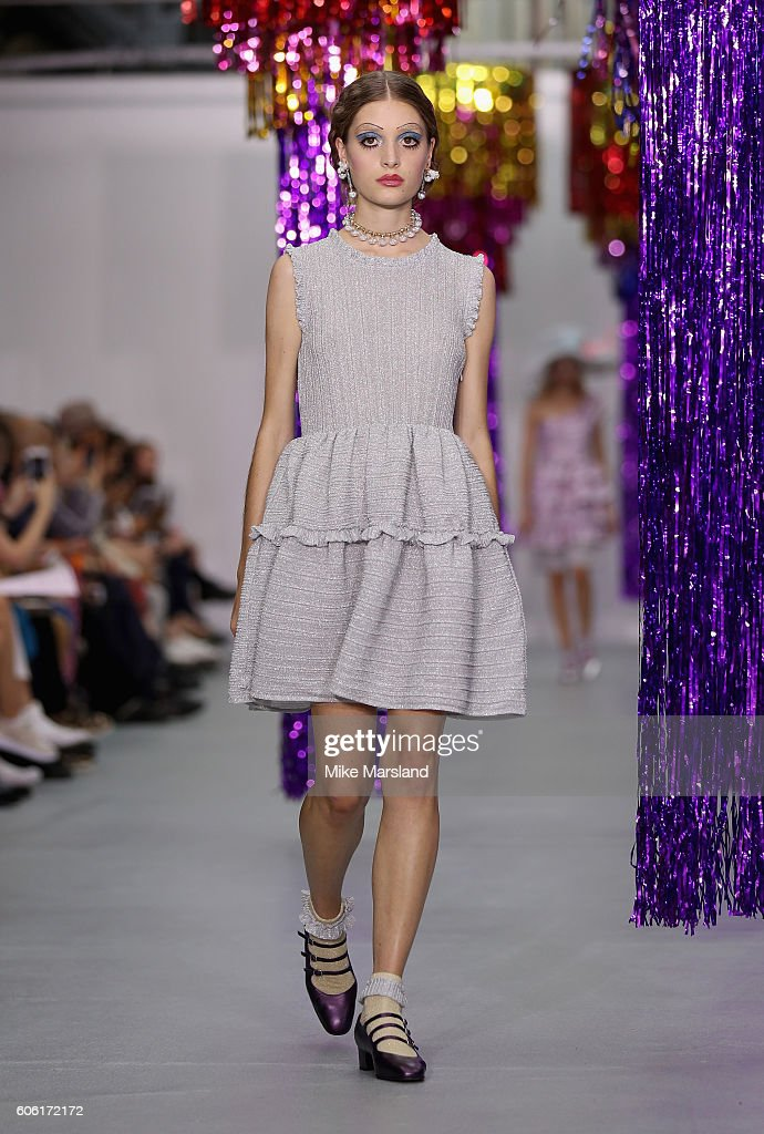 model-walks-the-runway-at-the-ryan-lo-show-during-london-fashion-week-picture-id606172172