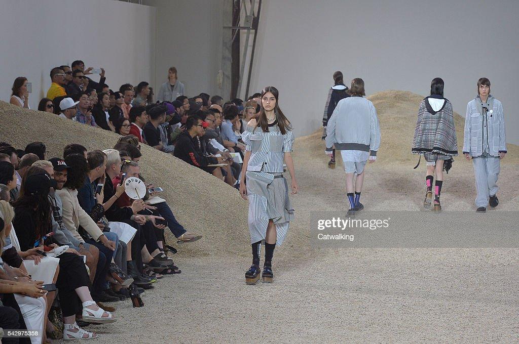 A model walks the runway at the Sacai Spring Summer 2017 fashion show during Paris Menswear Fashion Week on June 25, 2016 in Paris, France.