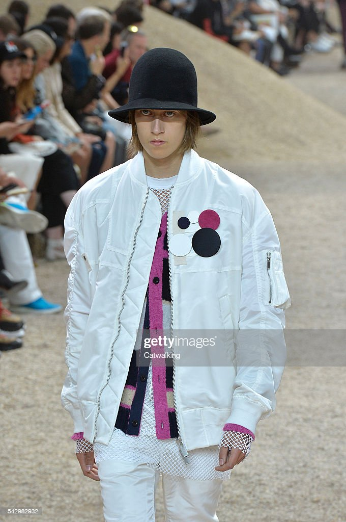 A model walks the runway at the Sacai Spring Summer 2017 fashion show during Paris Menswear Fashion Week on June 25, 2016 in Paris, France.