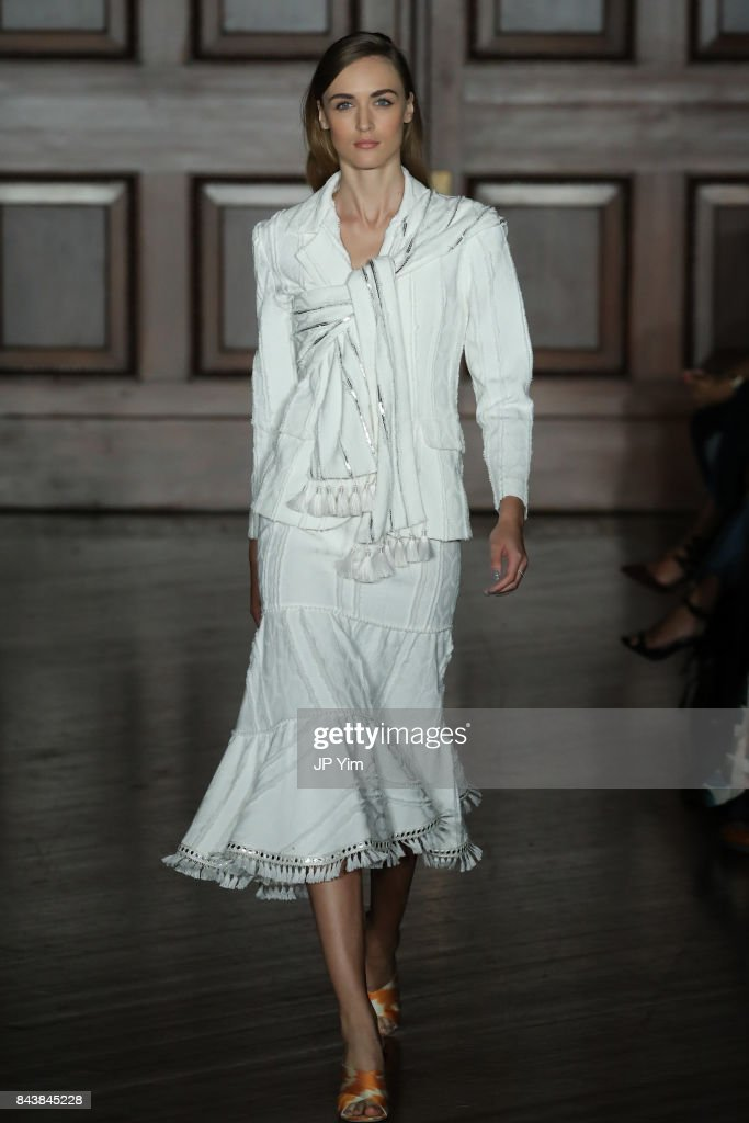 model-walks-the-runway-at-the-sachin-babi-ss2018-collection-during-picture-id843845228