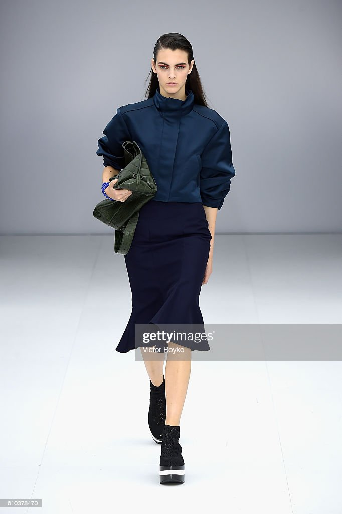model-walks-the-runway-at-the-salvatore-ferragamo-show-during-milan-picture-id610378470