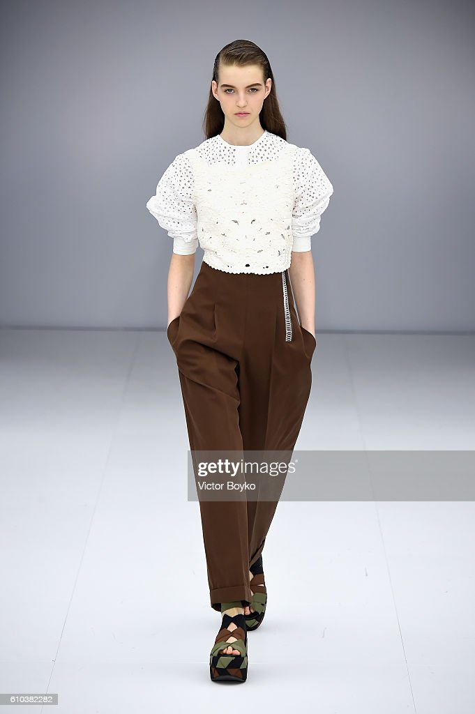 model-walks-the-runway-at-the-salvatore-ferragamo-show-during-milan-picture-id610382282