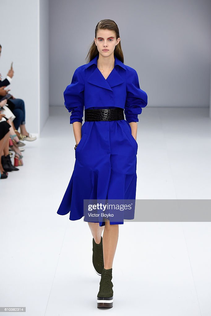 model-walks-the-runway-at-the-salvatore-ferragamo-show-during-milan-picture-id610382314