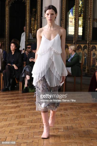 A model walks the runway at the Sharon Wauchob show during London Fashion Week September 2017 on September 19 2017 in London England