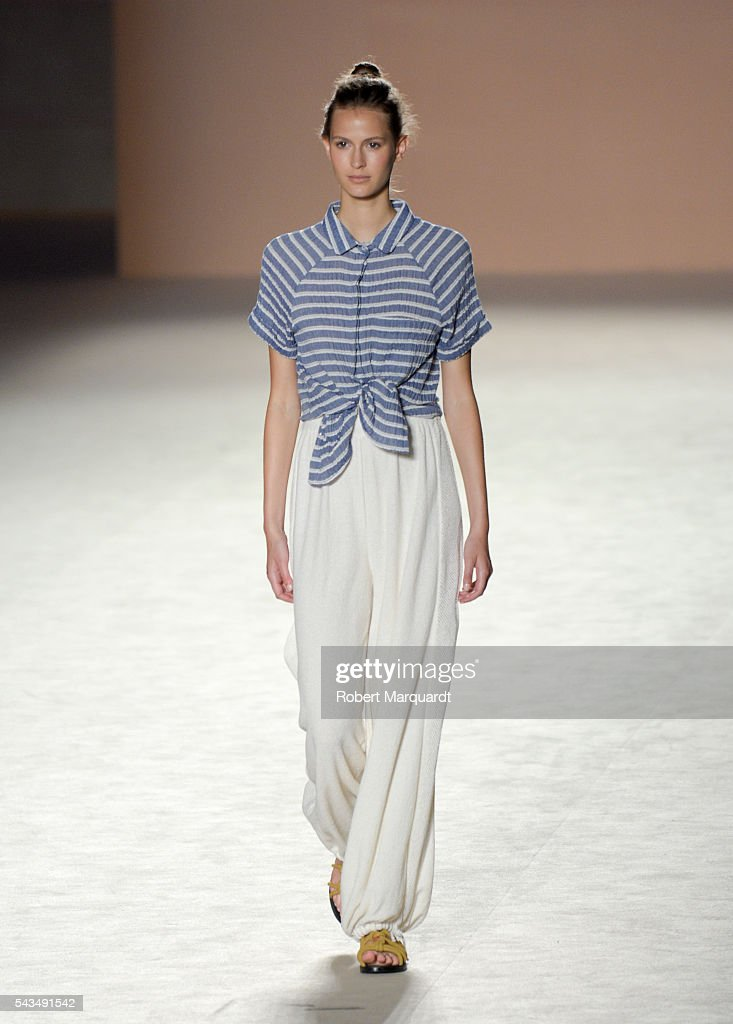 Sita Murt Catwalk Barcelona 080 Fashion Week Spring