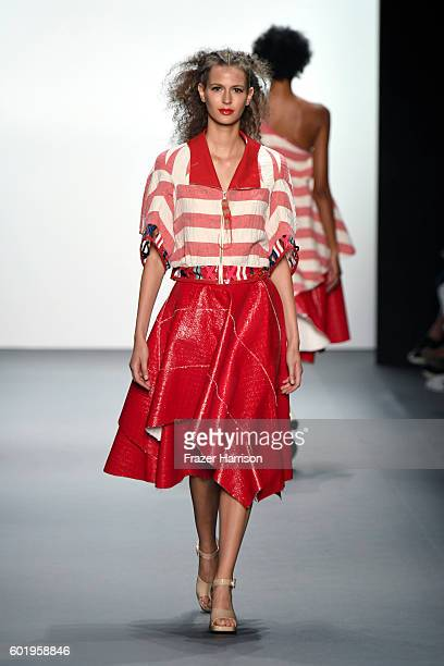 A model walks the runway at the Son Jung Wang Runway during New York Fashion Week The Shows at The Dock Skylight at Moynihan Station on September 10...