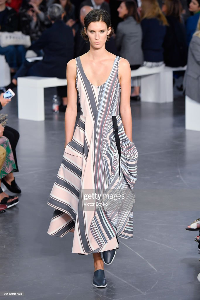 model-walks-the-runway-at-the-sportmax-show-during-milan-fashion-week-picture-id851366794