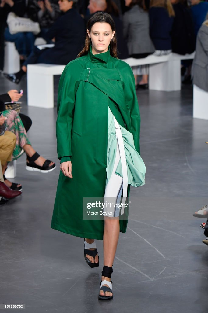 model-walks-the-runway-at-the-sportmax-show-during-milan-fashion-week-picture-id851369760