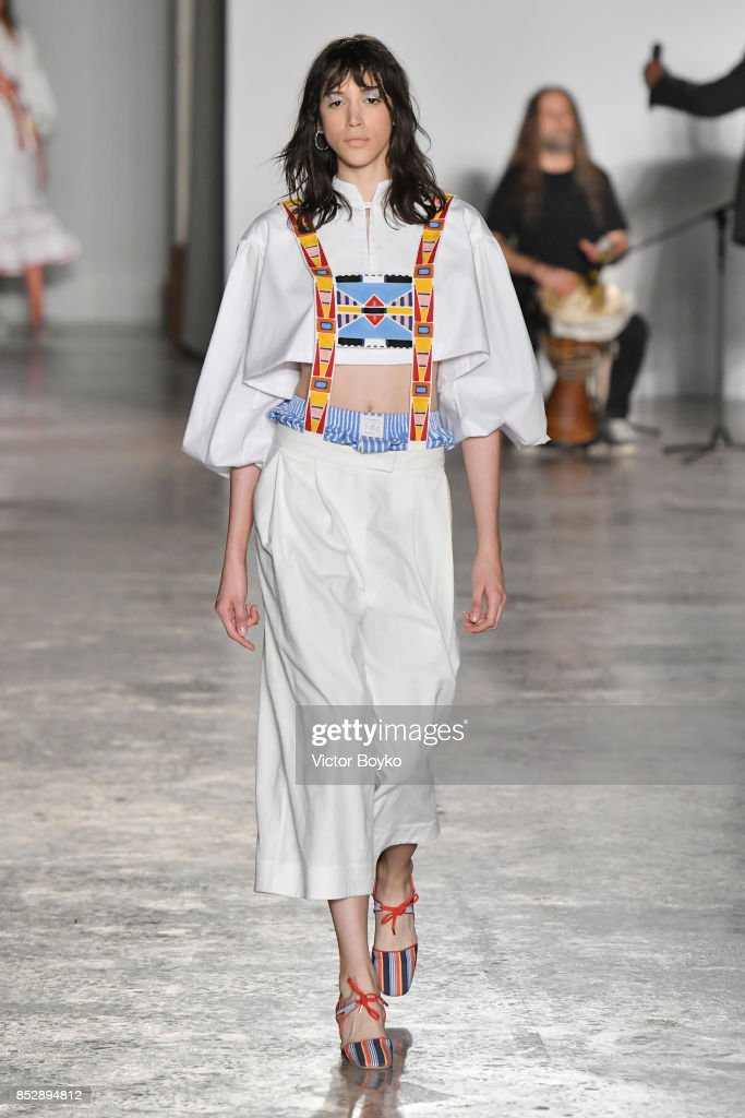 model-walks-the-runway-at-the-stella-jean-show-during-milan-fashion-picture-id852894812