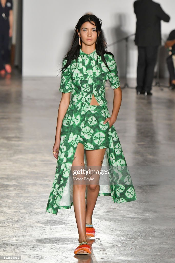 model-walks-the-runway-at-the-stella-jean-show-during-milan-fashion-picture-id852895036