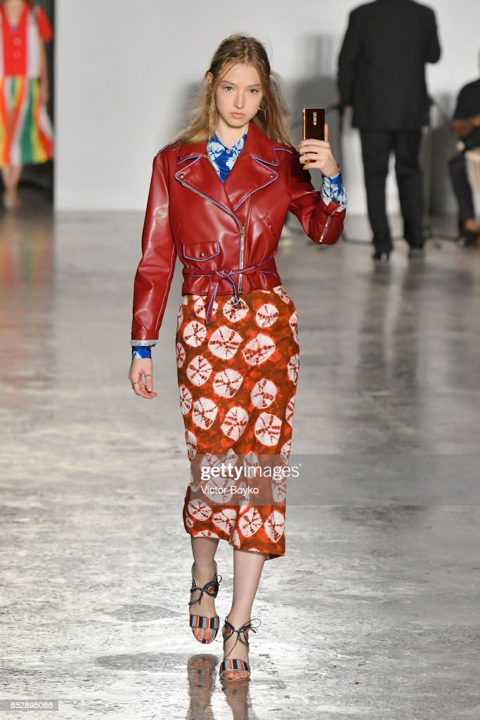 model-walks-the-runway-at-the-stella-jean-show-during-milan-fashion-picture-id852895086