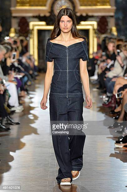 A model walks the runway at the Stella McCartney Spring Summer 2016 fashion show during Paris Fashion Week on October 5 2015 in Paris France
