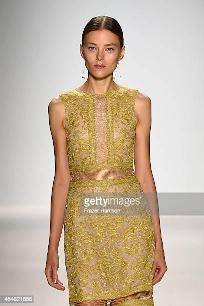 A model walks the runway at the Tadashi Shoji fashion show during MercedesBenz Fashion Week Spring 2015 at The Salon at Lincoln Center on September 4...