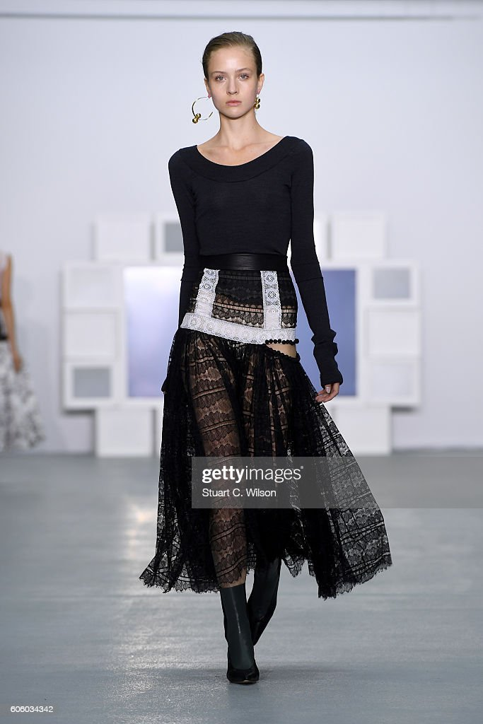 model-walks-the-runway-at-the-teatum-jones-show-during-london-fashion-picture-id606034342