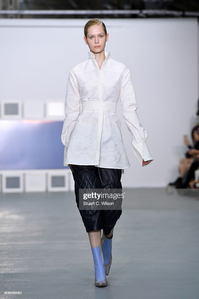 model-walks-the-runway-at-the-teatum-jones-show-during-london-fashion-picture-id606035062