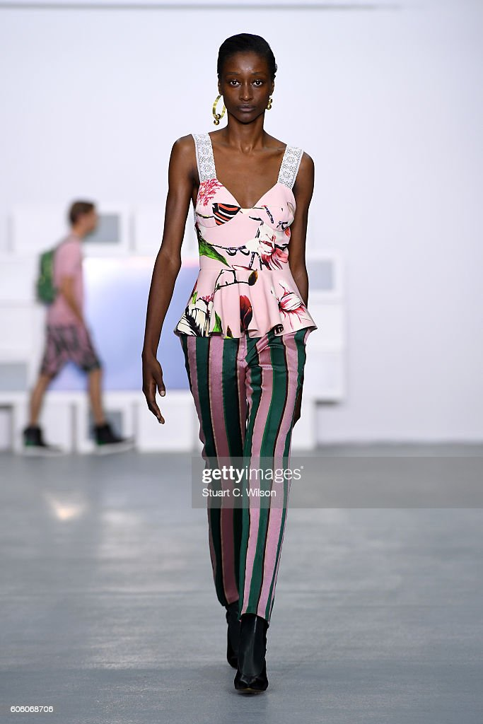 model-walks-the-runway-at-the-teatum-jones-show-during-london-fashion-picture-id606068706