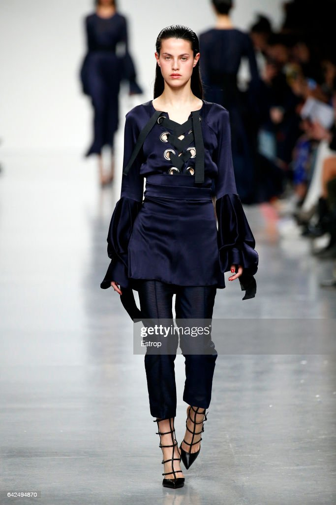 model-walks-the-runway-at-the-teatum-jones-show-during-the-london-picture-id642494870