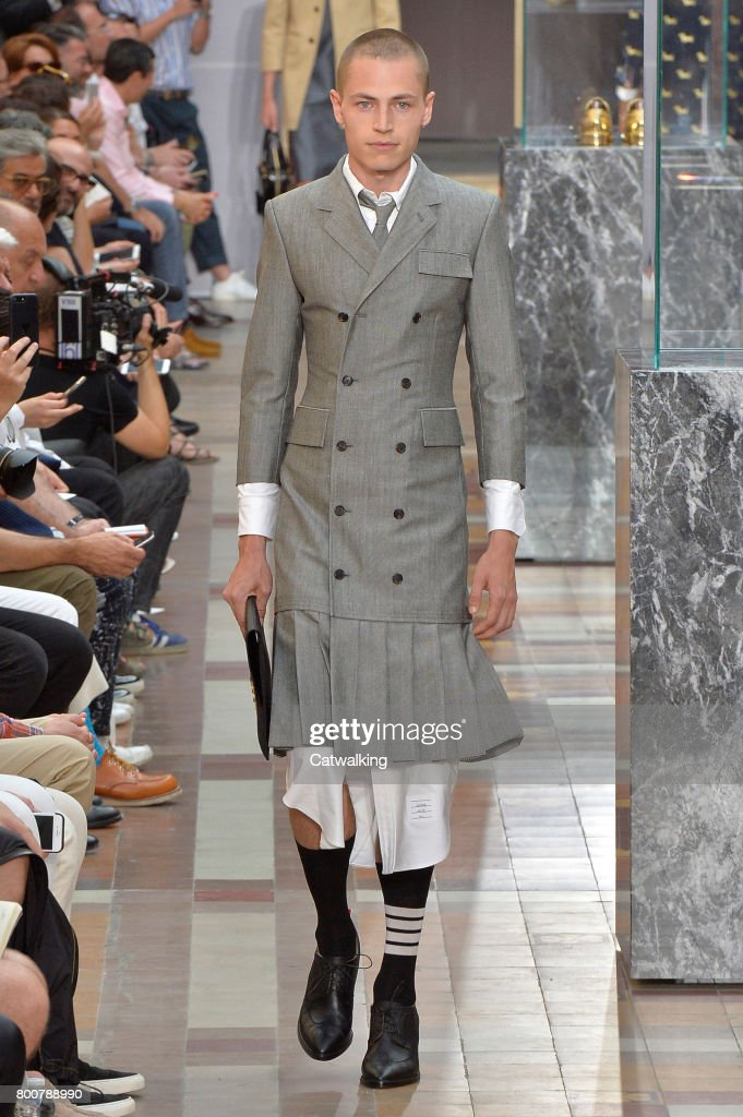 model-walks-the-runway-at-the-thom-browne-spring-summer-2018-fashion-picture-id800788990