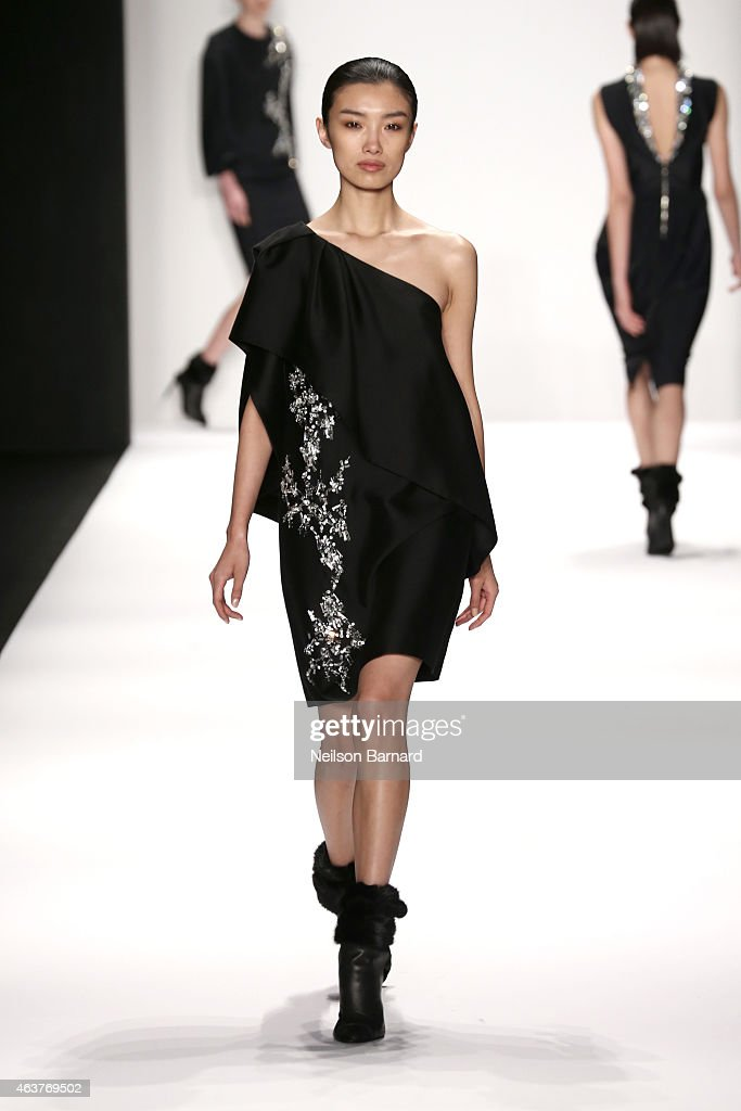 Thomas wylde maison runway mercedes benz fashion week for Fashion maison