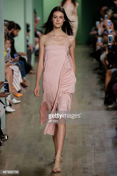 A model walks the runway at the Tibi fashion show during Spring 2016 New York Fashion Week at The Waterfront Building on September 12 2015 in New...