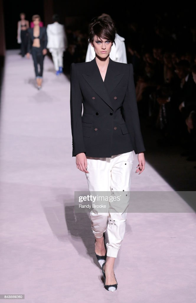 model-walks-the-runway-at-the-tom-ford-springsummer-2018-runway-show-picture-id843559260