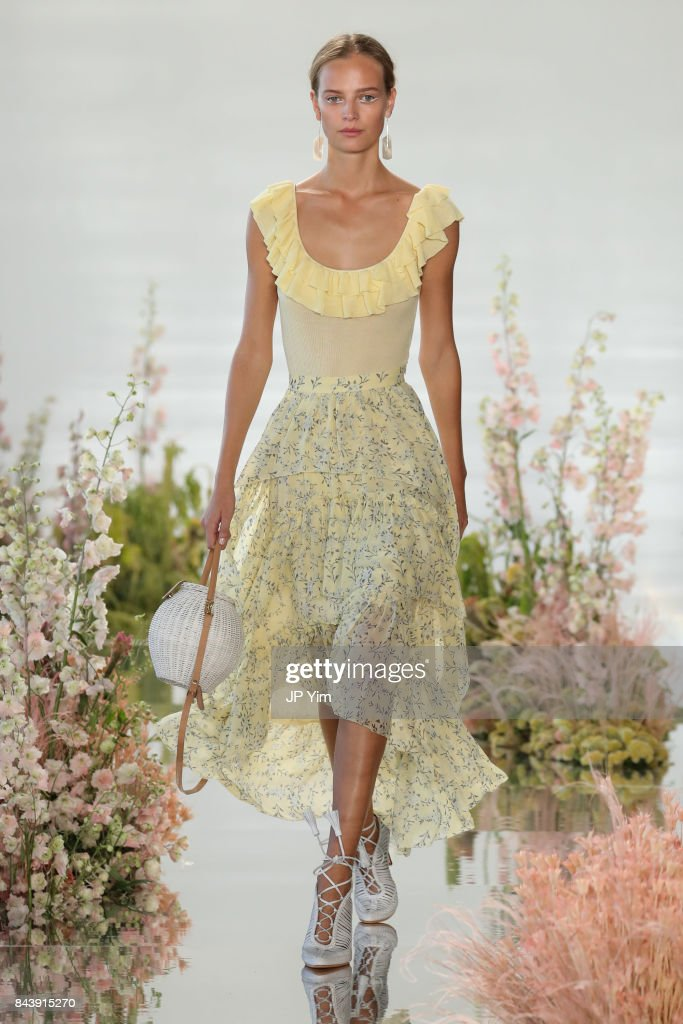 model-walks-the-runway-at-the-ulla-johnson-ss2018-collection-during-picture-id843915270