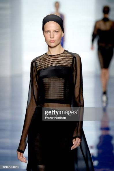 A model walks the runway at the Vera Wang fashion show during MercedesBenz Fashion Week Spring 2014 at The Stage at Lincoln Center on September 10...