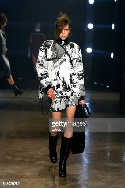 A model walks the runway at the VERSUS designed by Donatella Versace show during the London Fashion Week February 2017 collections on February 18...
