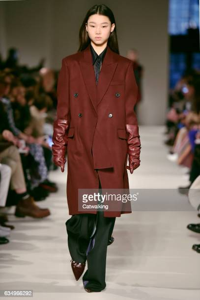 A model walks the runway at the Victoria Beckham Autumn Winter 2017 fashion show during New York Fashion Week on February 12 2017 in New York United...