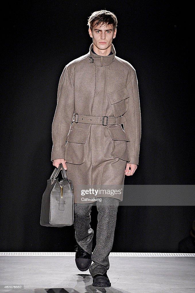 Wooyoungmi - Mens Fall 2015 Runway - Paris Menswear Fashion Week