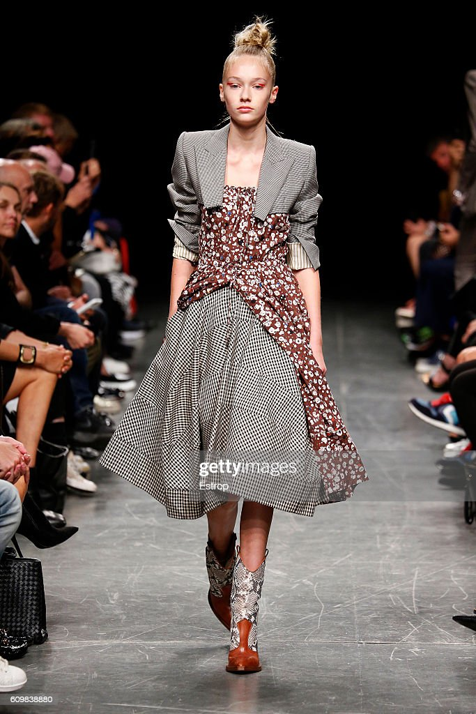 model-walks-the-runway-at-the-wunderkind-designed-by-wolfgang-joop-picture-id609838880