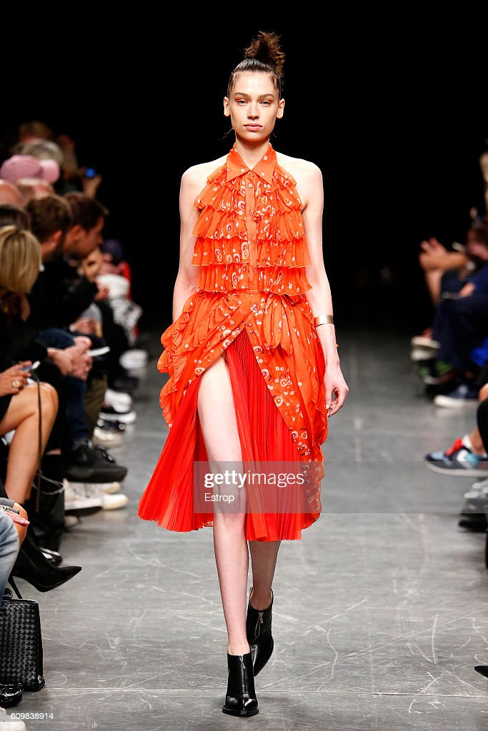 model-walks-the-runway-at-the-wunderkind-designed-by-wolfgang-joop-picture-id609838914