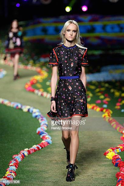 A model walks the runway at Tommy Hilfiger Women's fashion show during MercedesBenz Fashion Week Spring 2015 at Park Avenue Armory on September 8...