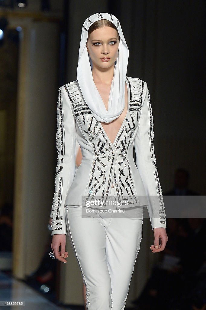 A model walks the runway during Atelier Versace show as part of Paris Fashion Week Haute-Couture Spring/Summer 2014 on January 19, 2014 in Paris, France.