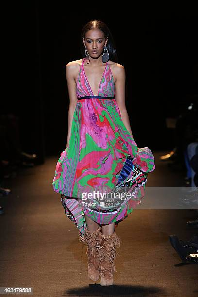 A model walks the runway during Naomi Campbell's Fashion For Relief 2015 fall fashion show at The Theater at Lincoln Center on February 14 2015 in...