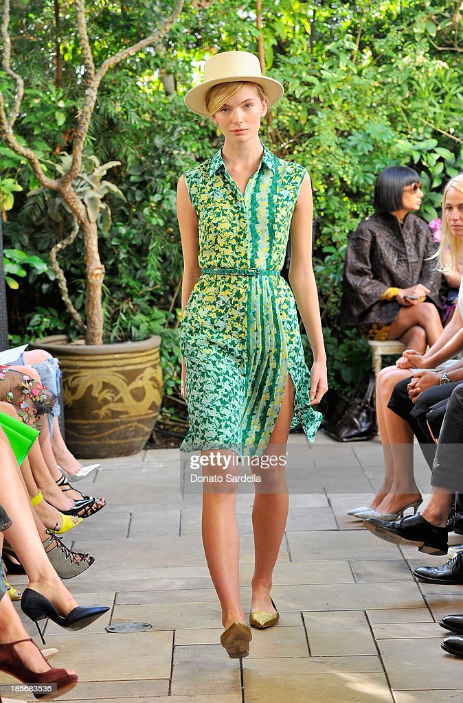 A model walks the runway during the 2013 CFDA/Vogue Fashion Fund Event Presented by thecorner.com and Supported by Audi, Living Proof, and MAC Cosmetics at the Chateau Marmont on October 23, 2013 in Los Angeles, California.