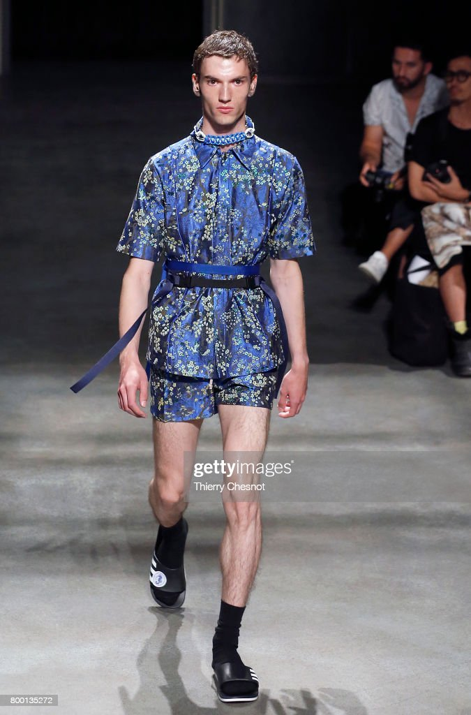 model-walks-the-runway-during-the-224_hommes-menswear-springsummer-picture-id800135272