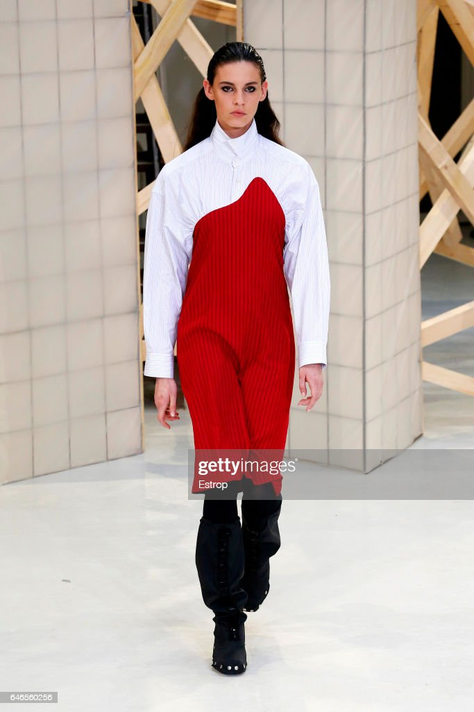model-walks-the-runway-during-the-aalto-designed-by-tuomas-merikoski-picture-id646560256