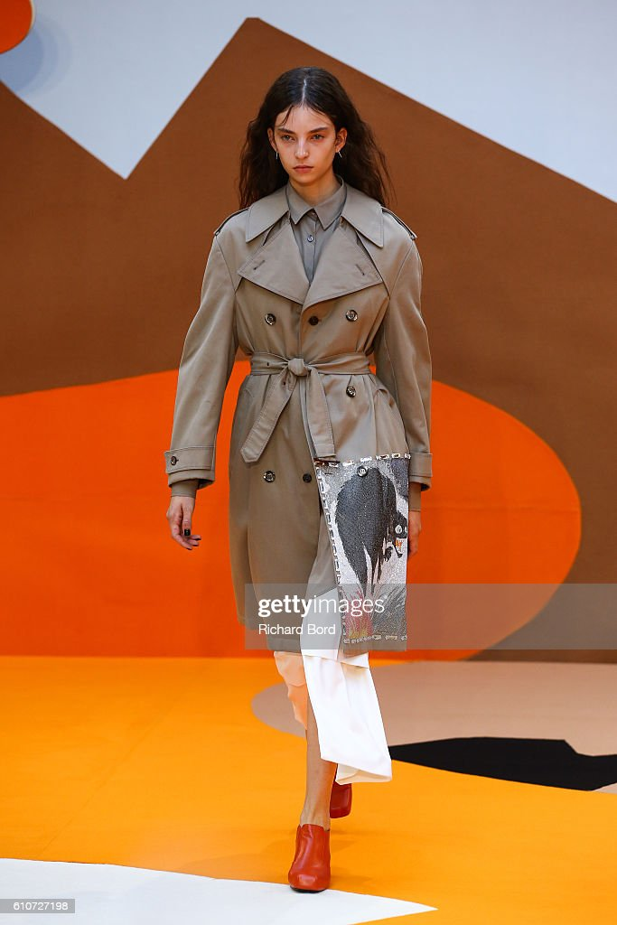 model-walks-the-runway-during-the-aalto-show-as-part-of-the-paris-picture-id610727198