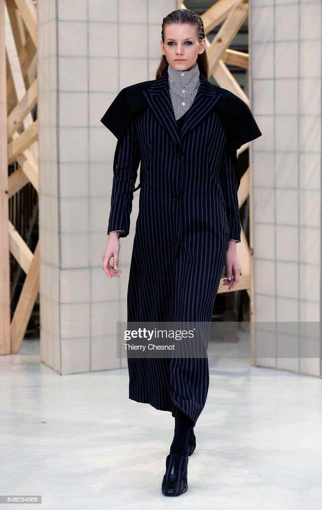model-walks-the-runway-during-the-aalto-show-as-part-of-the-paris-picture-id646234066