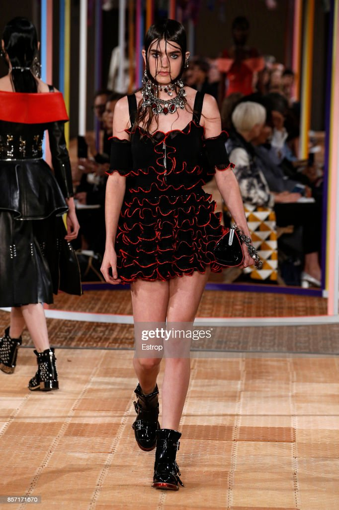 model-walks-the-runway-during-the-alexander-mcqueen-paris-show-as-of-picture-id857171670